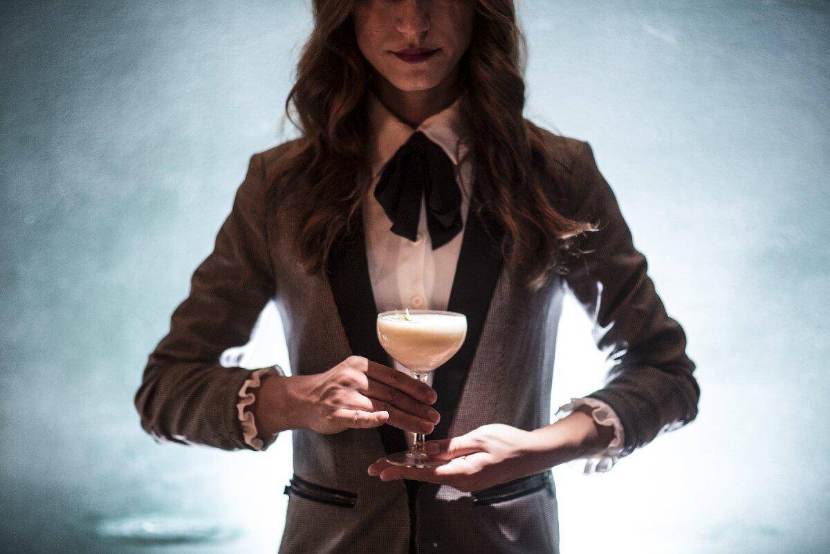Τόσκα Λορέτα bartender