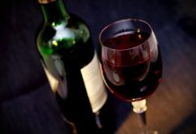 wine-glass-red