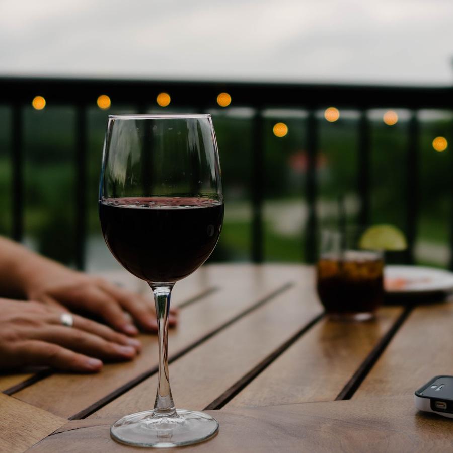 wine-glass-restaurant