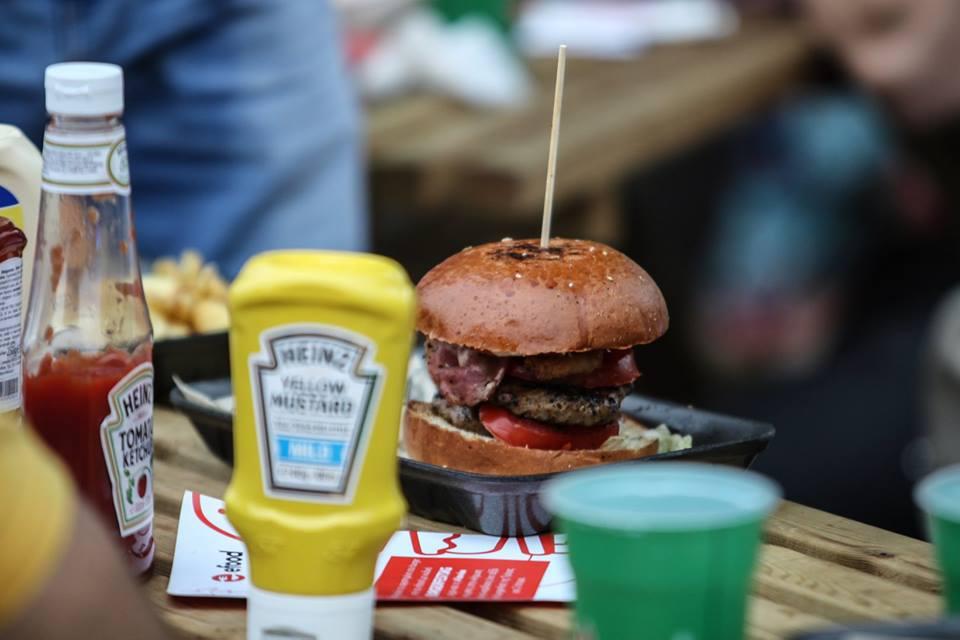 burger-mustard